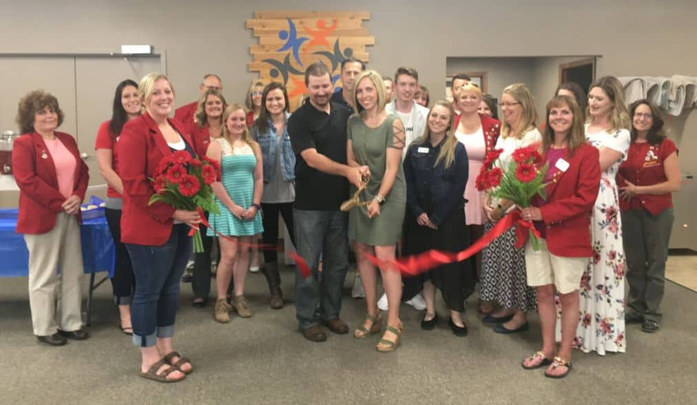 momentum physical therapy ribbon cutting